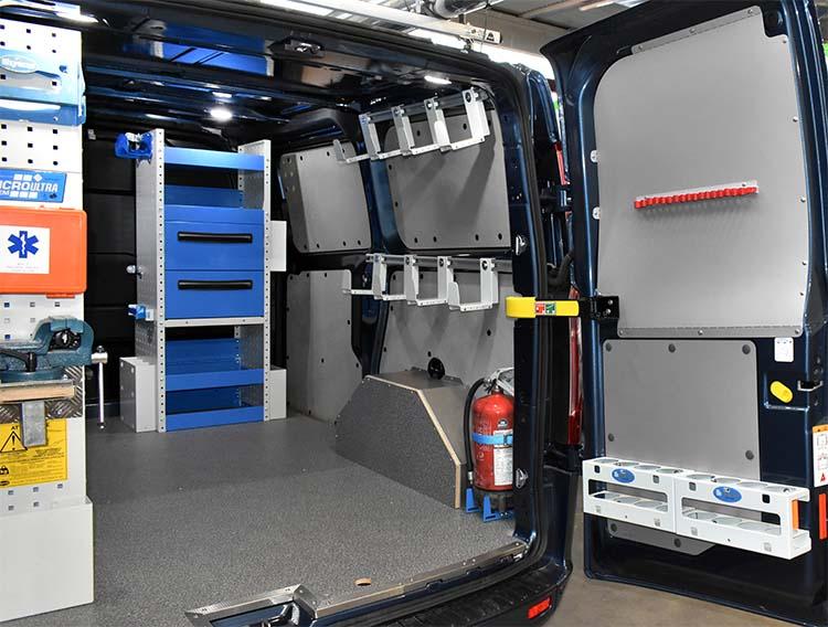 Allestimento per custom ford for Catalogo bricoman rezzato brescia